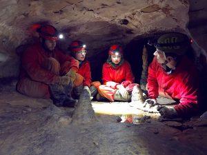 5 Espeleologia en Cuenca, turismo activo y multiaventura